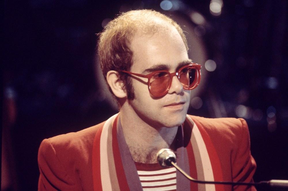 02-elton-john-glasses.jpg
