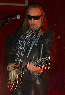 220px-AceFrehley.jpg