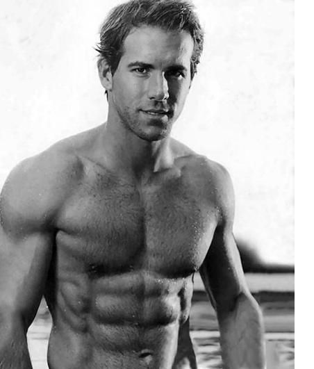 90ab8f52bc19fb279b505b400a84a5e3--ryan-reynolds-shirtless-ryan-oneal.jpg