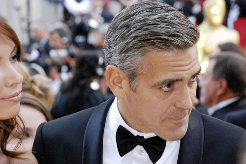 proxy.php?image=http%3A%2F%2Fjnormanwol.files.wordpress.com%2F2012%2F10%2Fgeorge-clooney.jpg