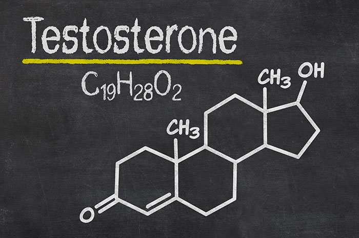"""Testosterone """"width ="""" 700 """"height ="""" 464 """"srcset ="""" https://www.hairlosstalk.com/wp-content/uploads/2017/05/testosterone.jpg 700w, https://www.hairlosstalk.com/ wp-content / uploads / 2017/05 / testosterone-300x199.jpg 300w """"tailles ="""" (largeur maximale: 700px) 100vw, 700px"""